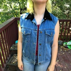 Jackets & Blazers - Denim vest with velour collar